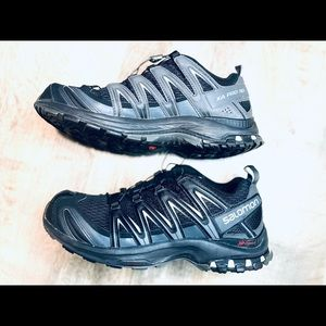 SALOMON MENS SHOES..  Very lightly used SIZE 9 USA